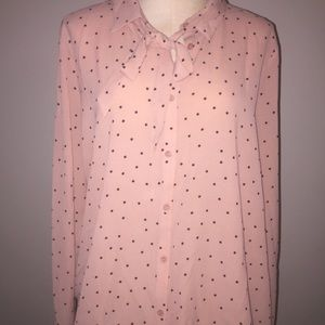 A beautiful long sleeve button drop blouse